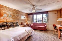 Snowmass Mtn Chalet - Bedroom 250x166