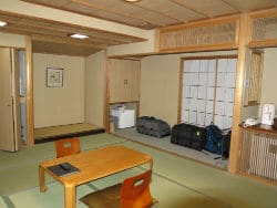 Hotel Alp Japanese Room 250x188