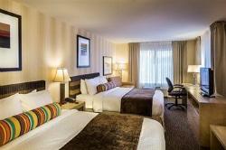DoubleTree Hilton Bedroom 250x166