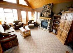 Bullet Creek Cabins lounge 250x185